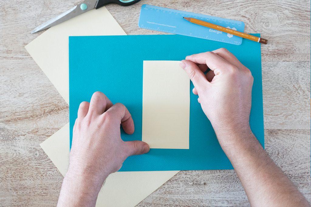 Ausgeschnittenes Papier