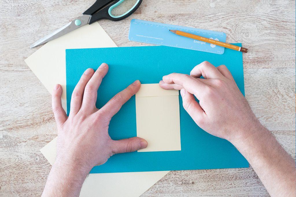 Papier obere Seite umklappen